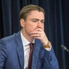 Rõivas otsib uut välisministrit põhjalikult