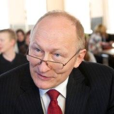 Juhtkiri   Vähemalt sai rektoriks tuntud poliitik