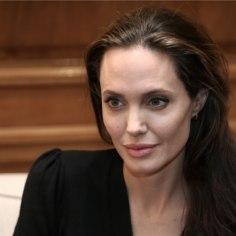 Angelina Jolie avas esmakordselt lahutuse asjus suu