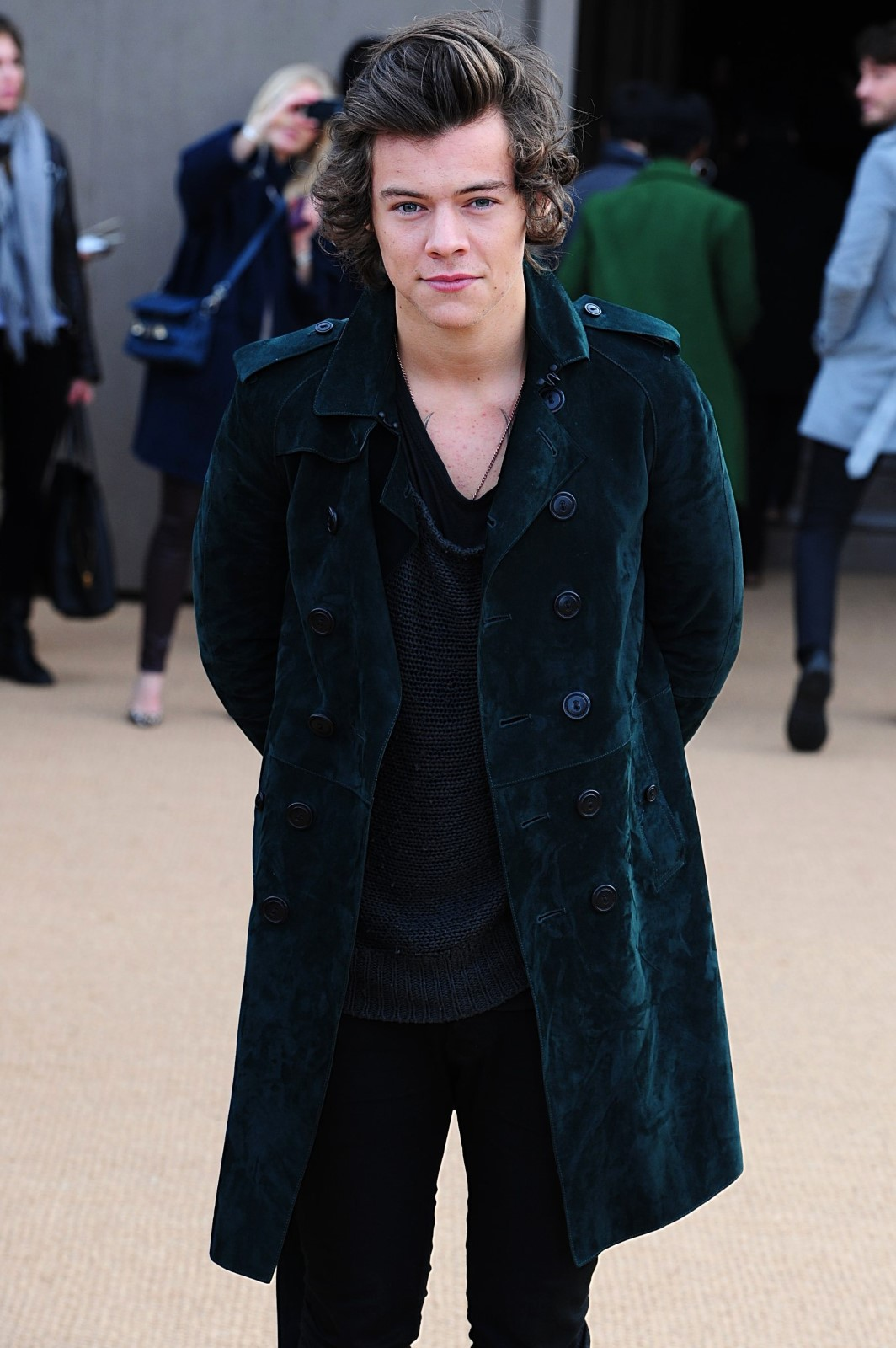 Harry styles at london fashion week Alan Beale's Core Vocabulary - F (1074 Words) - Many Things