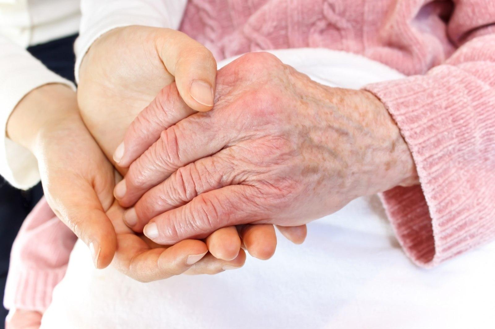 Полиартрит кистей рук и пальцев: лечение, симптомы 29