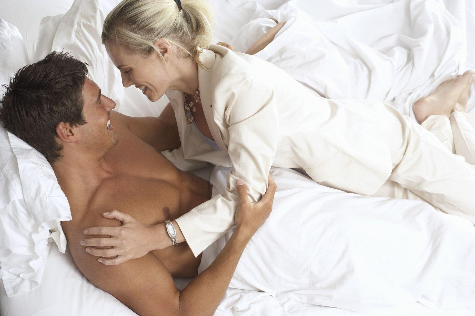 Смотрит секс бесплатно целка, Целки Порно и Секс Видео Смотреть Онлайн Бесплатно 20 фотография