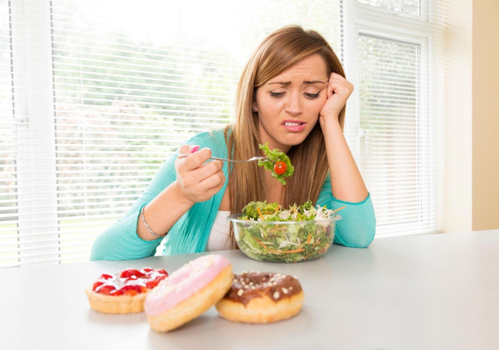 4 способа уменьшить тягу к сладкому : Способы и советы 43