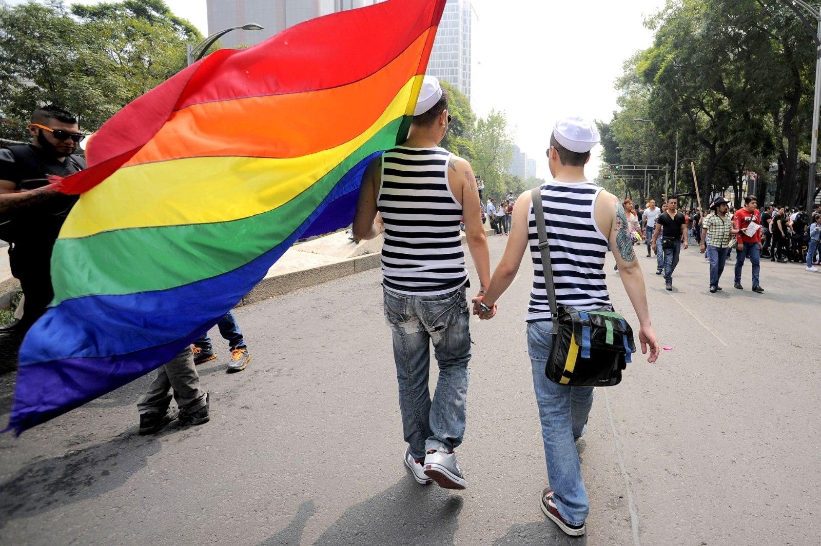 Теперь они убежище для геев