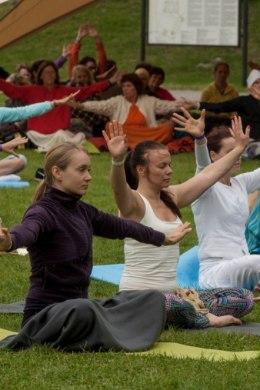 c7c4b5de389 Joogafestival kutsub paljulapselised emad tasuta lõõgastuma