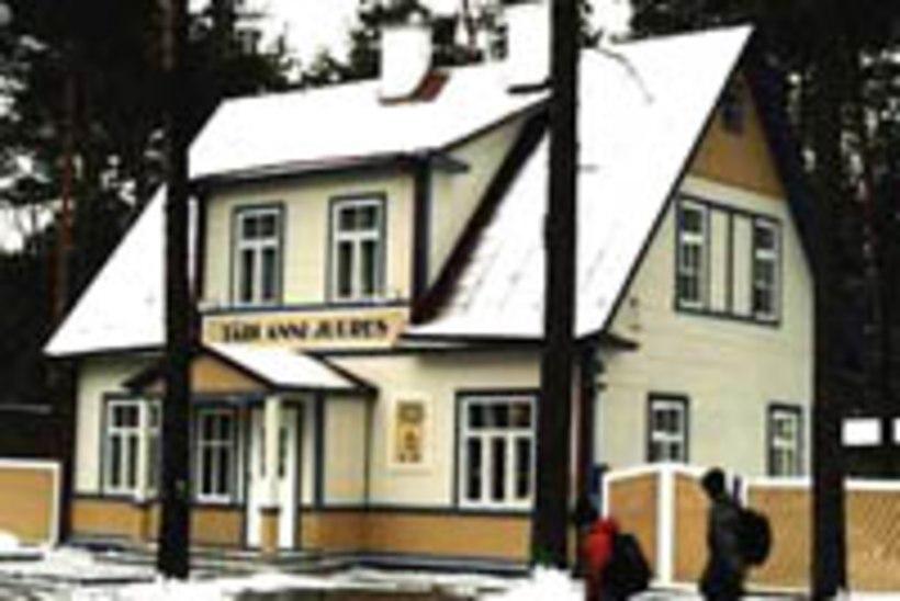 Kohvik Käbi Laretei lapsepõlvekodus