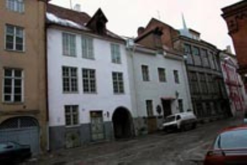 Linnaametniku ema magus vanalinna maja