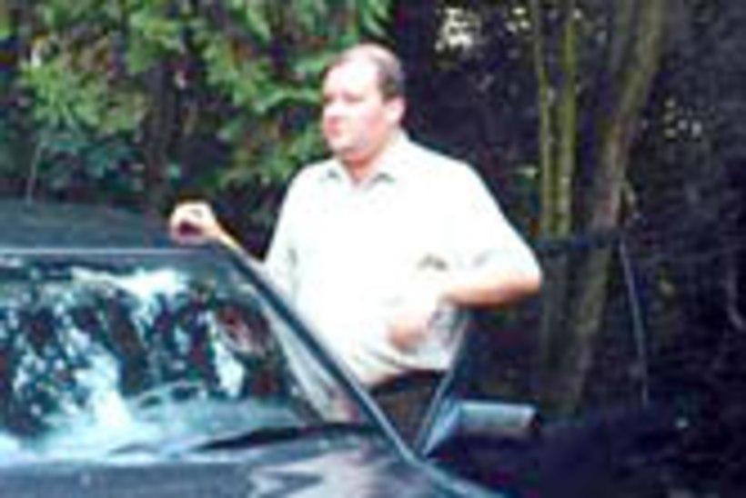 Margus Turu Mercedes sõidutab Raadio Eestit