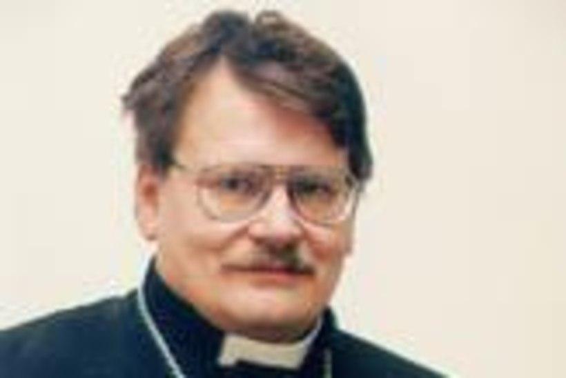 Kirikuõpetaja vahetas välja nii naise kui ka koguduse