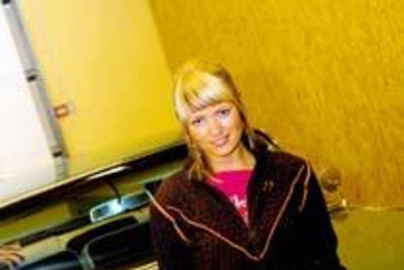 Vanilla Ninja Katrin sai ZTV püstolreporteriks