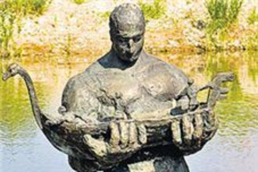 Kalevipoja kuju ei tulegi Tallinna lahte?
