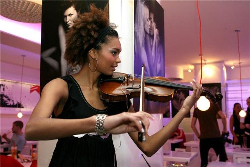 Violina kasvatab laval musklit