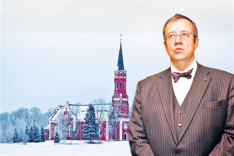 Presidendi jõulutemp: Ilves jättis Halliste kirikusse vippide telejumalateenistusele minemata