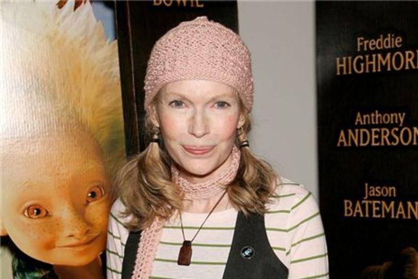 Mia Farrow alustab näljastreiki