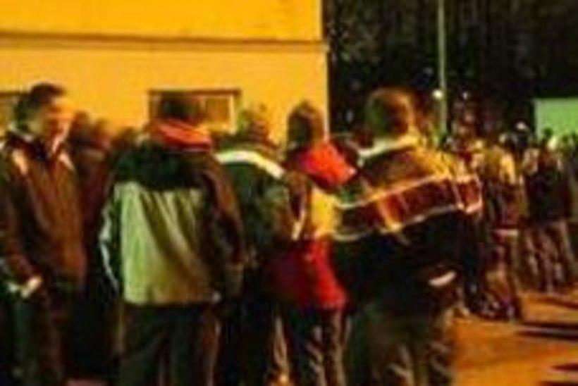 Politsei on Tartumaal hädas mürgeldavate joobnud alaealistega