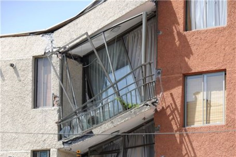 Tšiili maavärina ohvrite arv on tõusnud 300ni