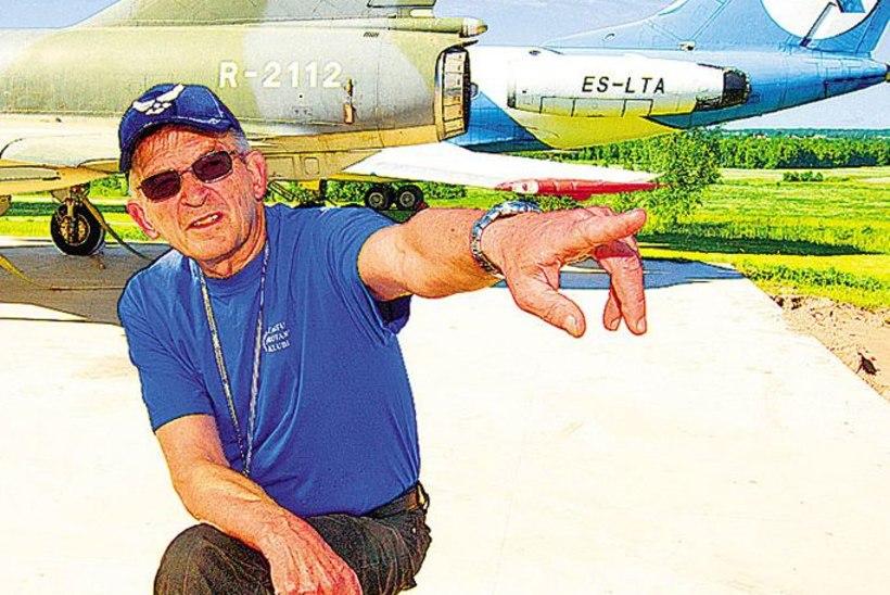 Väljanäitus vabas õhus: hävitajad, kopterid ja teised lennumasinad