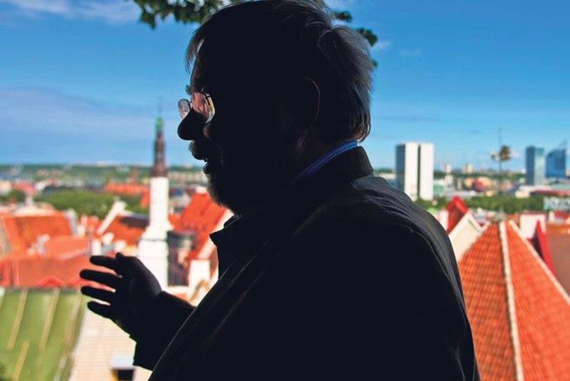 Mida Mart Laar tähtsatele Tallinna külalistele ekskursiooni tehes räägib?
