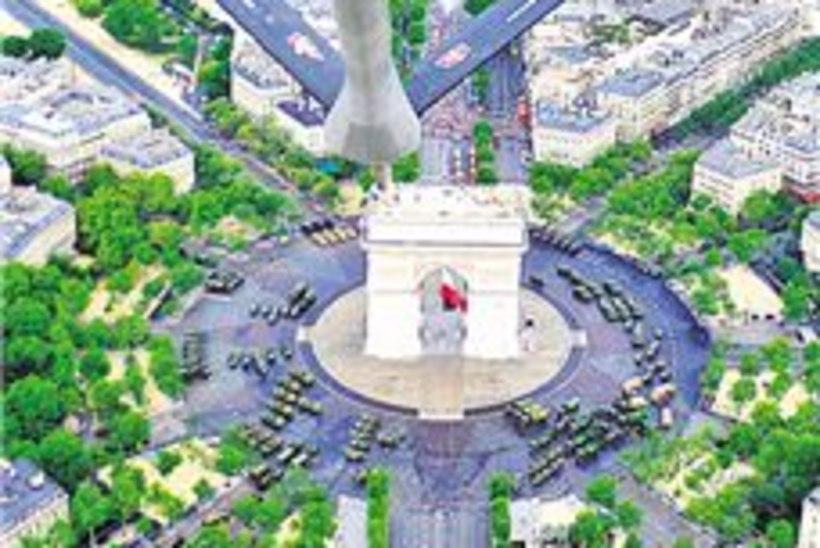 Kuidas Pariis sai maailmakuulsa triumfikaare