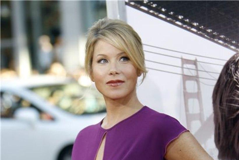 Christina Applegate sai emaks