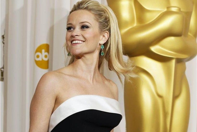 Reese Witherspoon sai jälle tanu alla