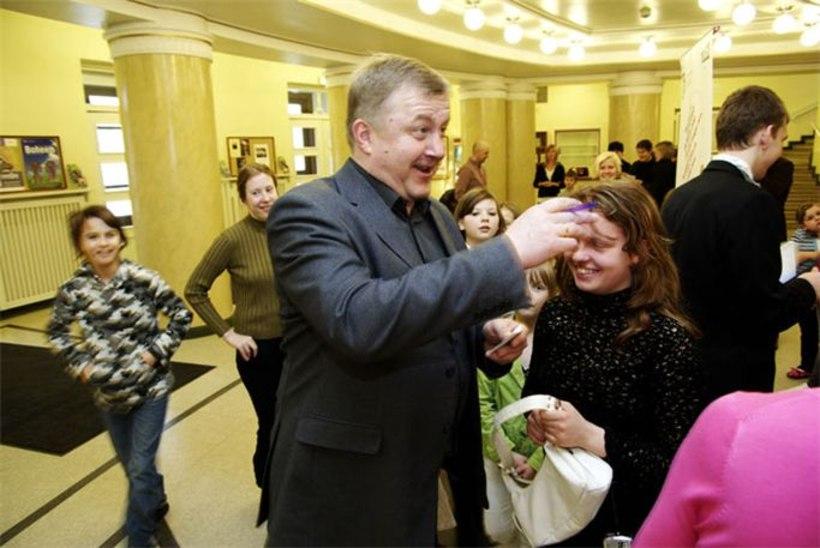 Turvakodude lapsed kohtusid Pipi Pikksuka ja Härra Nilssoniga
