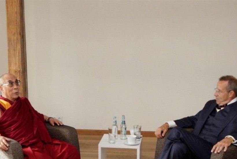 Ilves kohtumisel dalai-laamaga: Tiibeti kultuur rikastab ka Hiinat