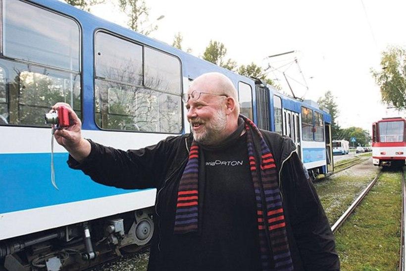 Soome kirjanik Kantokorpi vormistas Tallinna trammiliinidest raamatu