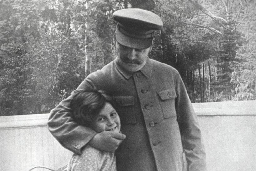 """""""Olen jah Stalini tütar. Ega ma seepärast veel inimesi maha ei pea nottima."""""""