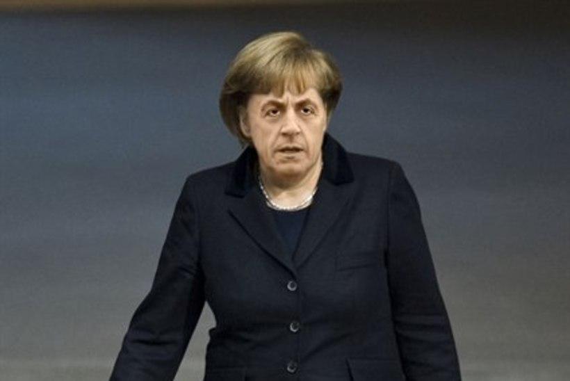 Angela Nicolas Merkozy asub Euroopat päästma