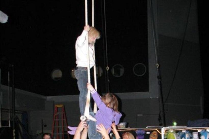 Cirque du Soleil' meistrid õpetasid eesti lastele tsirkusekunsti