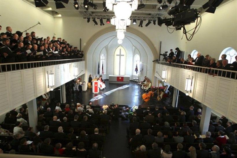 Peterburi kirikus lõpevad eestikeelsed jumalateenistused