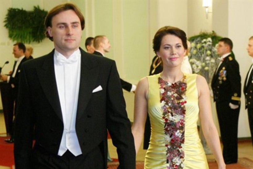 PALJU ÕNNE! Elisabet Tamm sõudis abieluranda!