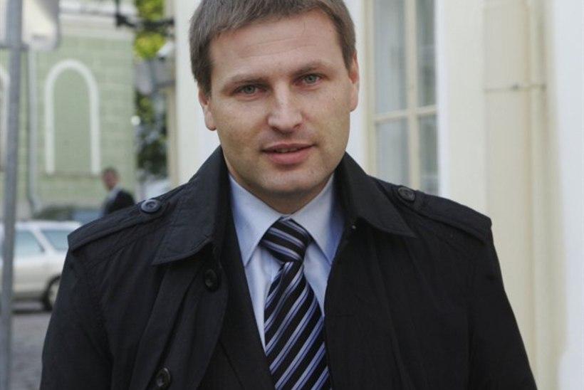 Sotsiaalminister: roheline raamat päästab Eesti viinakuradi küüsist!