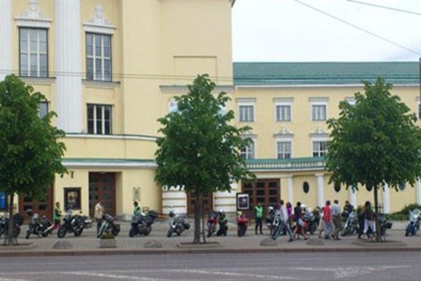 PILTUUDIS: Kultuurne Motobande alustas järjekordset motorännakut