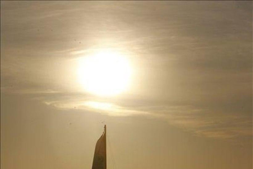 """GALERII: päikesetõus purjelaeval """"Kajsamoor"""""""
