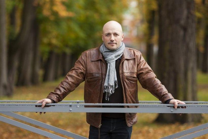 """Tiina Lokk ajas oma kriitikaga Ilmar Raagi närvi: """"Eestlanna Pariisis"""" on ikkagi kehv film?"""