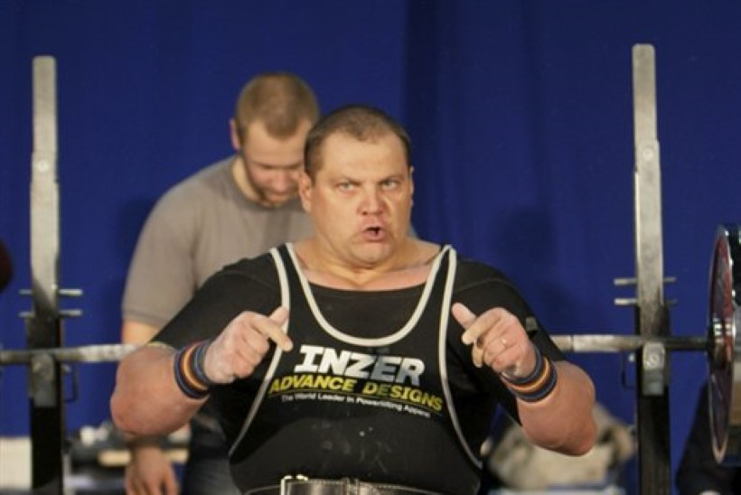 f67742d0cd4 300-kilo-mees Leesmann: