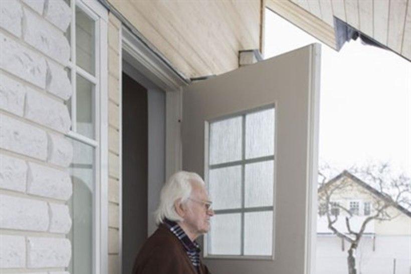 Maakler Relika Roostalu sugulased peavad nüüd uusi naabreid taluma