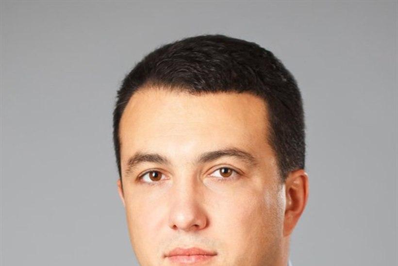 Vene poliitiku laip leiti tsemenditünnist