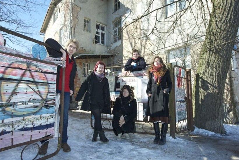 Tartus tuleb Anna Haava 7a maja kogukonna toetuseks rongkäik