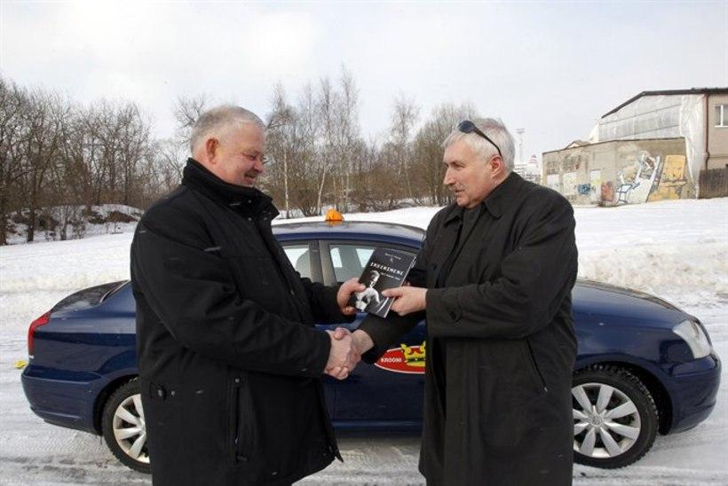 Taksojuht Jüri Tamme peetakse maailmakuulsaks vasaraheitjaks!