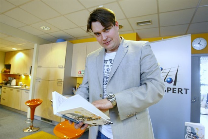 Sass Henno pani Eesti IT-eduloo romaani