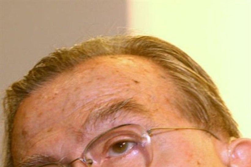 Suri endine Itaalia peaminister Andreotti