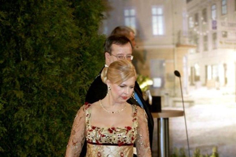 Evelin Ilvese kleitidele kulunud raha eest saanuks tuhanded lapsed teatrisse