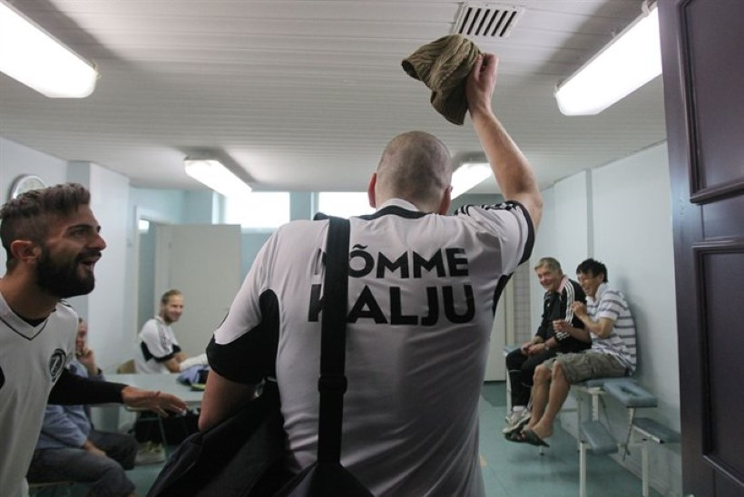 FOTOUUDIS: kiilakas Igor Prins Nõmme Kalju trennis