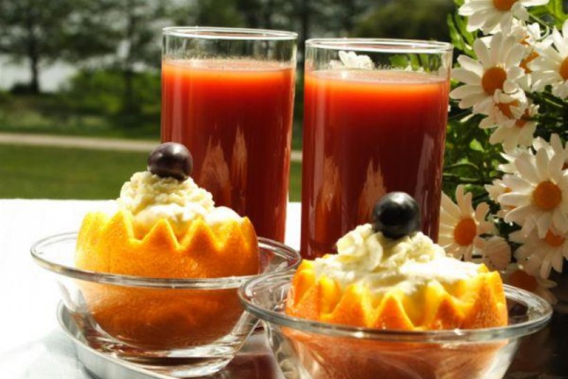 Tomati-ananassijook