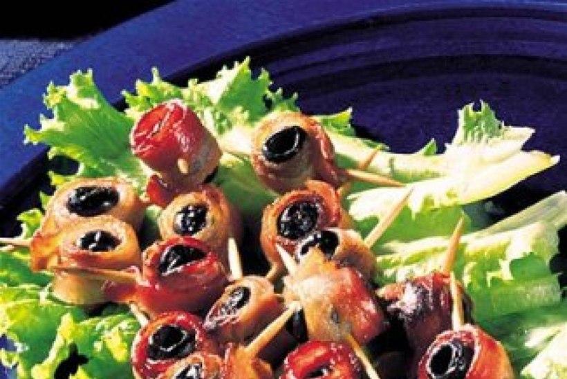 Peekoni-oliivisuupisted