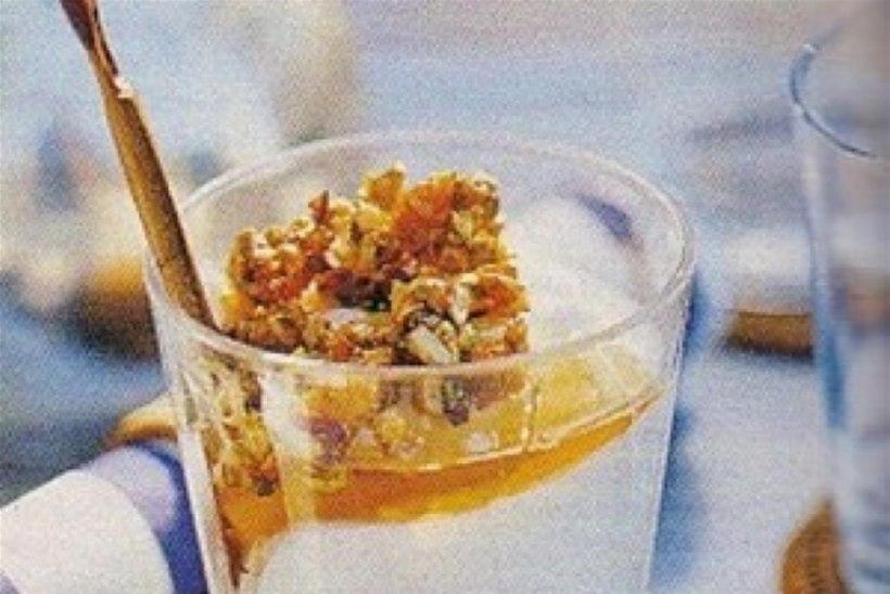 Vahemere päike ehk jogurt pähklitega