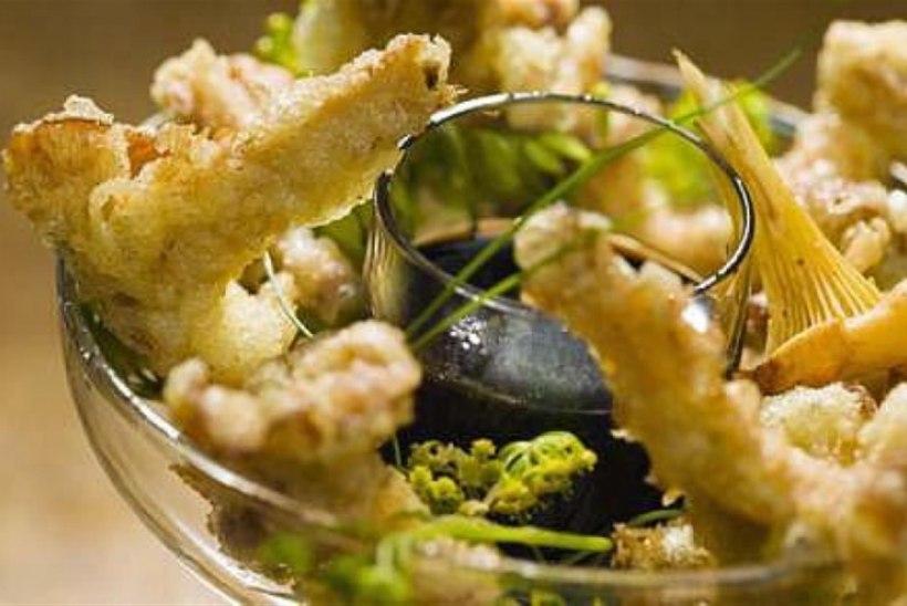 Kukeseene tempura ja murulaugu-soja dip